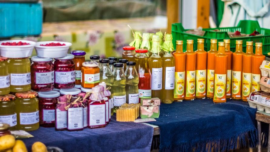 Egy tucat vegyszermentes biotermék: homoktövis, cékla, méz, szappan és sok más.